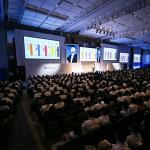 「ソフトバンクワールド2016」孫社長がAI活用のグループ成長戦略を発表