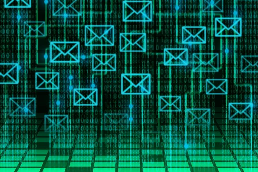 メールの誤送信イメージ画像
