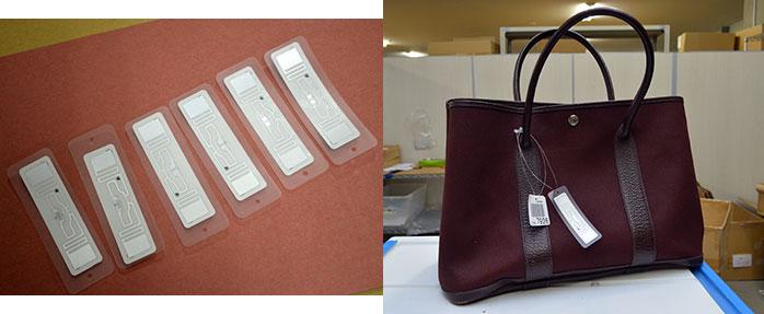 デファクトスタンダードが使用しているICタグ(左)とICタグが取り付けられたバッグ