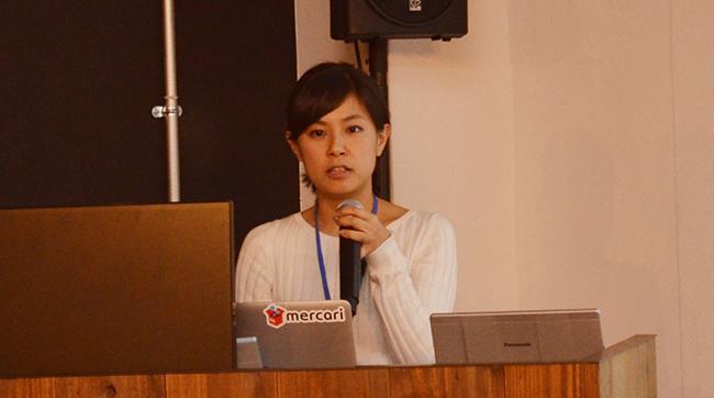 イノベーションの山本さんは自身が取り組むカンバン方式の業務改善について話した