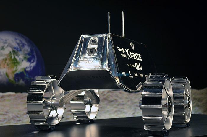 KDDIとアイスペースが公開したローバーの最終モデル「ローバー フライトモデル」