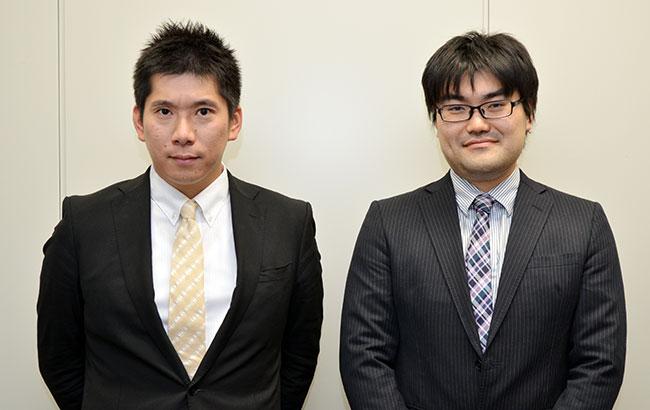 横浜市 総務局 しごと改革室 住民情報システム課 豊田訓久担当係長(左)と同課の高岡隆守氏